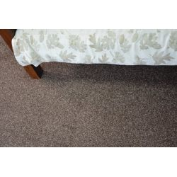 Wykładzina dywanowa INVERNESS j.brąz 832